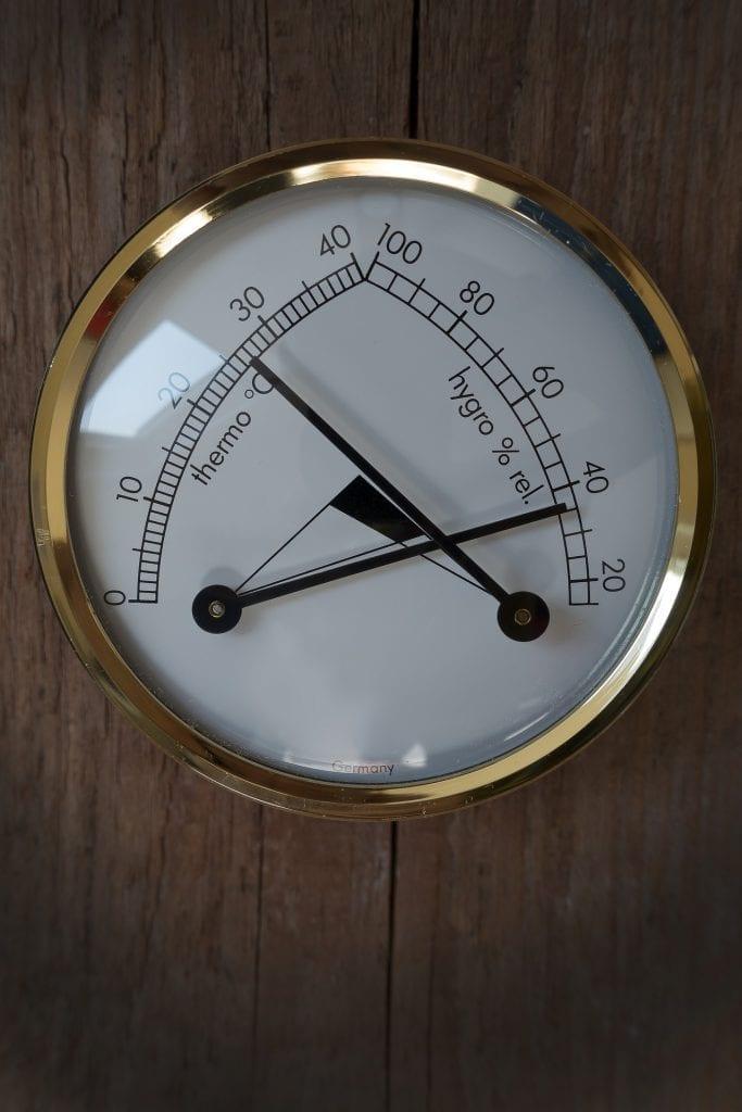 where do you put hygrometer
